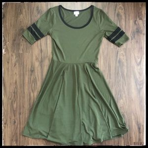 LuLaRoe Swing Dress ~ Comfort + Fashion! 🧚🏼♂️